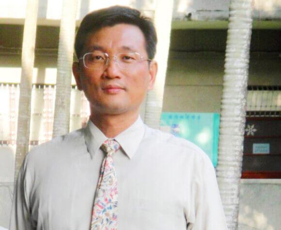 黃炳文 教授